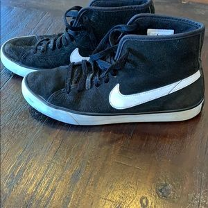 Nike High Top Black Suede Shoes Size 7